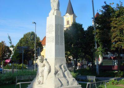 Siófok I. világháborús emlékmű felújítás után 2012.09.22. küldő-Pfaff László, Rétság (6)