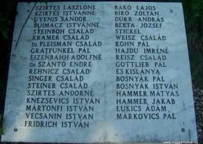 Siklós világháborús emlékmű 2009.05.26.küldő-Horváth Zsolt (5)
