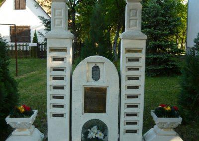 Sima világháborús emlékmű21009.05.09.küldő-Ágca