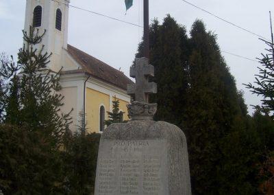 Simaság világháborús emlékmű 2009.11.12. küldő-Karolina