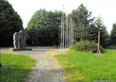 Sitke világháborús emlékmű 2011.08.11. küldő- -NEMES-