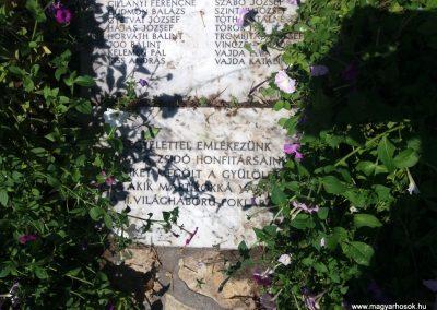 Solt II. világháborús emlékmű 2016.08.23. küldő-belamiki (3)