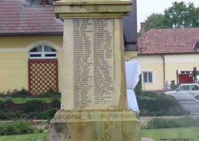 Soltvadkert I. világháborús emlékmű 2007.08.21. küldő-Hunmi (5)