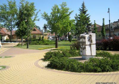 Soltvadkert I. világháborús emlékmű 2015.06.13. küldő-Emese
