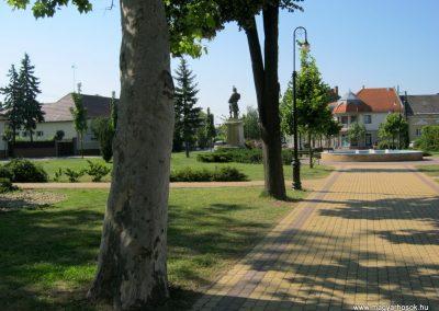 Soltvadkert I. világháborús emlékmű 2015.06.13. küldő-Emese (6)