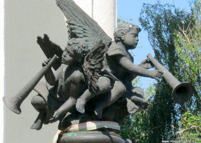 Soltvadkert II. világháborús emlékmű 2015.06.13. küldő-Emese (3)