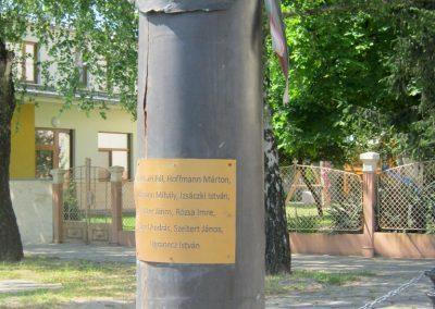 Soltvadkert II. világháborús emlékmű 2015.06.13. küldő-Emese (4)