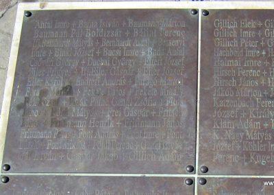 Soltvadkert II. világháborús emlékmű 2015.06.13. küldő-Emese (9)
