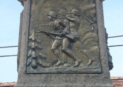 Solymár világháborús emlékmű 2008.04.21.küldő-Huszár Peti (6)