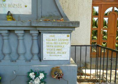 Somlóvecse világháborús emlékmű 2015.10.02. küldő-Méri (4)