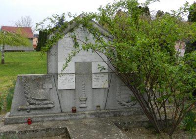 Somodor II. világháborús emlékmű 2014.04.06. küldő-Huber Csabáné