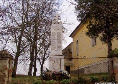 Somogyacsa I.vh emlékmű 2011.11.01. küldő-Szilsomogy