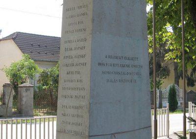 Somogyaszaló világháborús emlékmű 2007.08.06. küldő-kalyhas (6)
