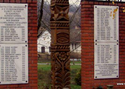 Somogydöröcske II.vh emlékmű 2011.11.01. küldő-Szilsomogy (2)
