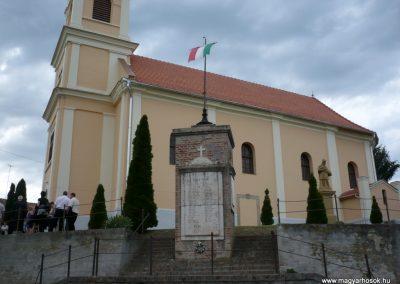 Somogygeszti világháborús emlékmű 2012.06.09. küldő-Sümec (2)