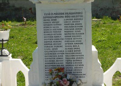 Somogysámson világháborús emlékmű 2009.06.09.küldő-Sümec (2)