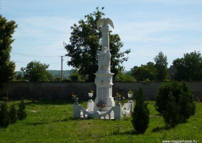 Somogysámson világháborús emlékmű 2009.06.09.küldő-Sümec