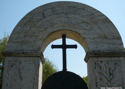 Somogyszentpál világháborús emlékmű 2009.04.21.küldő-Sümec (3)