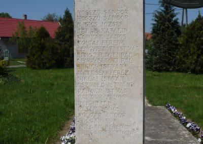 Somogyszentpál világháborús emlékmű 2009.04.21.küldő-Sümec (9)
