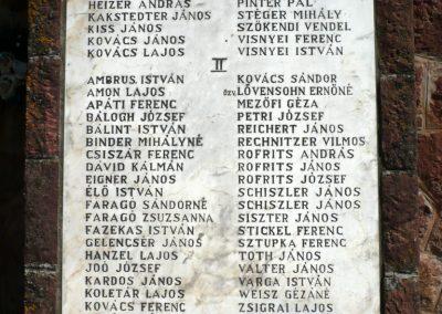Somogyvámos hősi emlékmű 2013.04.15. küldő-Sümec (6)