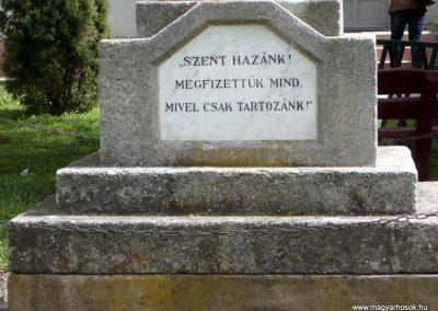 Somogyzsitfa-Felsőzsitfa világháborús emlékmű 2013.04.12. küldő-Sümec (3)