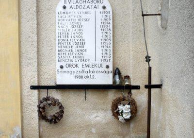 Somogyzsitfa- Somogyfehéregyház II. világháborús emléktábla 2013.04.12. küldő-Sümec (1)