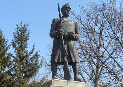 Soponya I. világháborús emlékmű 2015.03.07. küldő-Méri (1)
