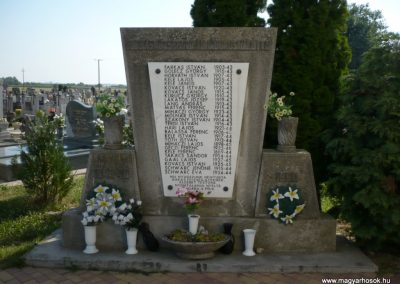 Sormás II.vh emlékmű 2010.07.14. küldő-Sümec