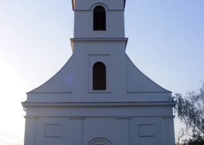 Sukoró, I. és II. vh. emléktáblák a református templom falán.