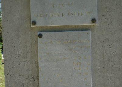 Surd világháborús emlékmű 2009.05.08.küldő-Sümec (4)