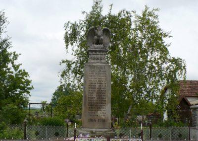 Szászfa világháborús emlékmű 2010.05.31. küldő-Gombóc Arthur (1)