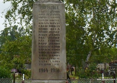Szászfa világháborús emlékmű 2010.05.31. küldő-Gombóc Arthur (3)