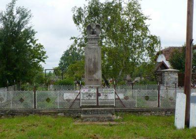 Szászfa világháborús emlékmű 2010.05.31. küldő-Gombóc Arthur