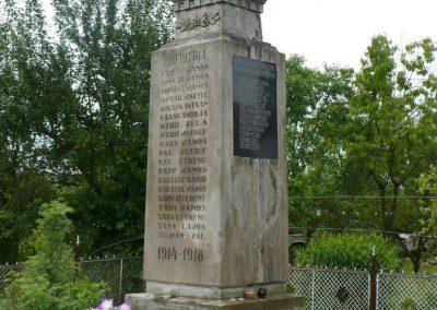 Szászfa világháborús emlékmű 2010.05.31. küldő-Gombóc Arthur (6)
