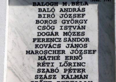 Szászrégen világháborús emléktáblák a ref. templom oldalán 2011.06.20. küldő-Ágca (5)