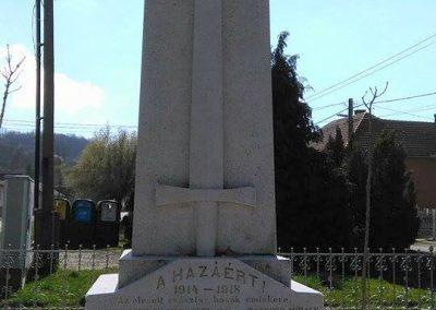 Szászvár-Császta világháborús emlékmű 2016.03.20. küldő-Miki (2)
