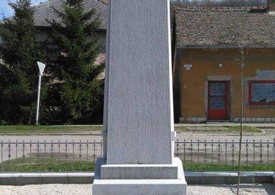 Szászvár-Császta világháborús emlékmű 2016.03.20. küldő-Miki (6)
