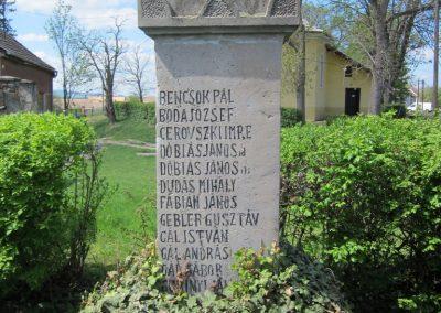 Szátok I. világháborús emlékmű 2012.04.25. küldő-kalyhas (7)