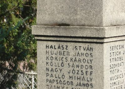 Százhalombatta I.vh emlékmű 2008.08.14. küldő-Huszár Peti (5)