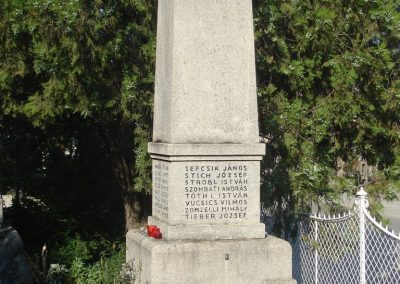 Százhalombatta I.vh emlékmű 2008.08.14. küldő-Huszár Peti (6)