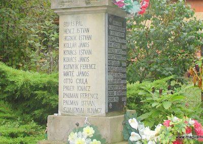 Szécsénke világháborús emlékmű 2008.09.17. küldő-Pfaff László, Rétság (2)