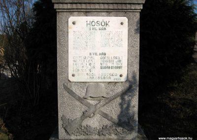 Szécsény-Benczurfalva világháborús emlékmű 2011.03.12. küldő-kalyhas (3)