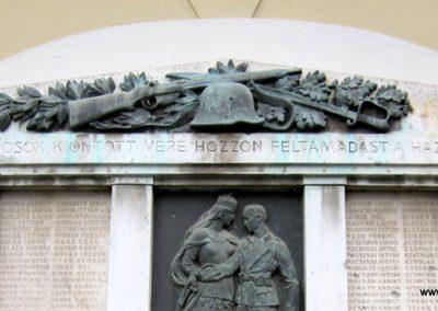 Szécsény I.vh emlékmű 2011.07.02. küldő-kalyhas (3)