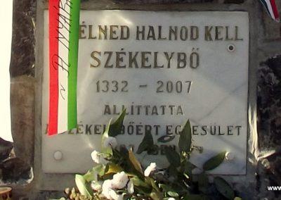 Székelybő világháborús emlékmű 2011.11.06. küldő-Szabó Nándor (3)