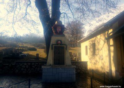 Székelyszabar I. világháborús emlékmű 2016.01.26. küldő-KRySZ (6)