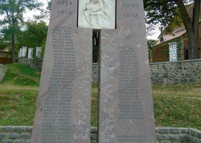 Székelyszentkirály világháborús emlékmű 2015.09.24. küldő-Mónika 39