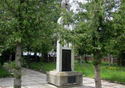 Székelyvarság világháborús emlékmű 2014.06.06. küldő-kalyhas