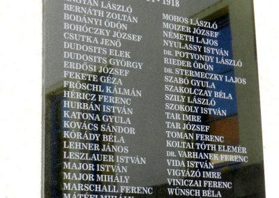 Székesfehérvár Ciszteri Gimnázium I. világháborús emléktábla 2014.09.30. küldő-Huber Csabáné