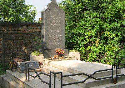 Székesfehérvár Hosszú temető katonasírok 2019.07.28. küldő-Bali Emese (2)