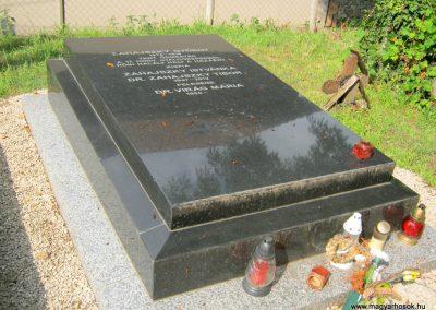 Székesfehérvár Hosszú temető katonasírok 2019.07.28. küldő-Bali Emese